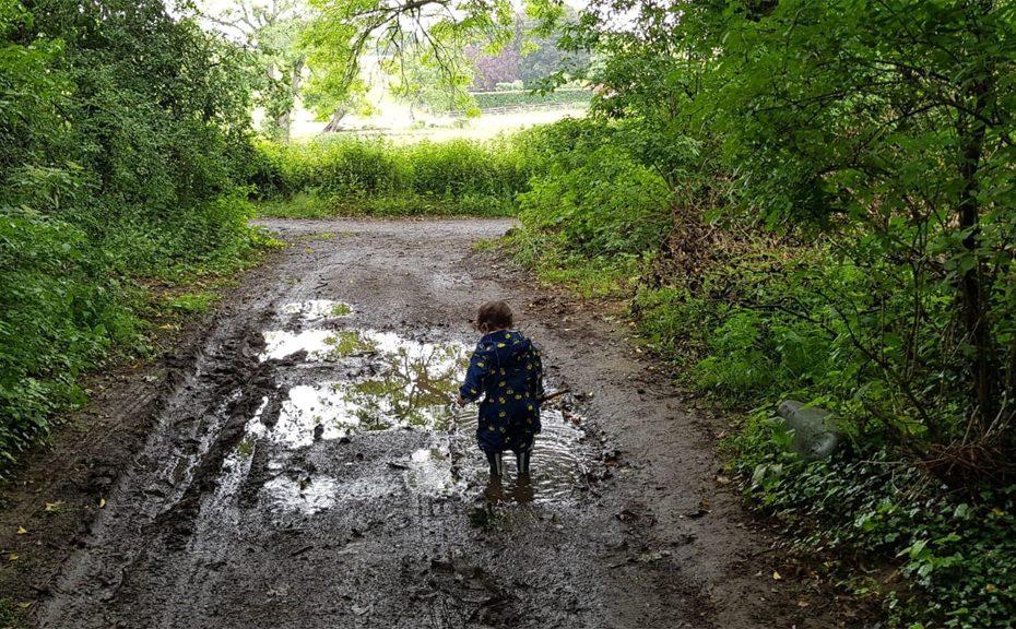 Lindsey-Joy-Tyne-Valley-Express-kid-puddle-WEB
